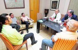 La oposición al consejo pincha en su objetivo de encontrar aliados